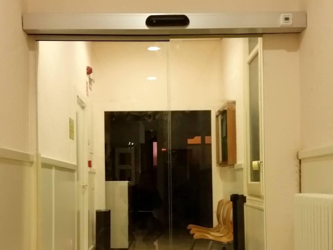 puerta corredera cristal cerramiento acristalado