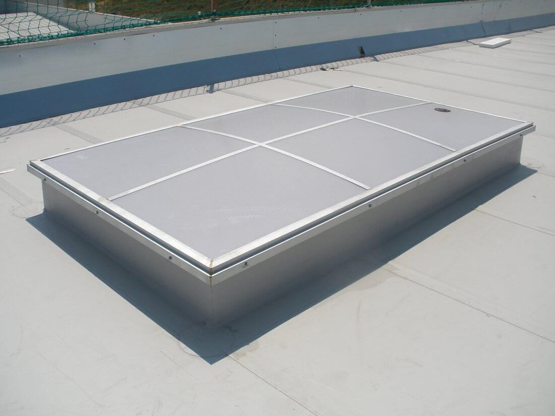 C pulas y claraboyas para tejados aprovecha la luz natural - Claraboyas para techos ...